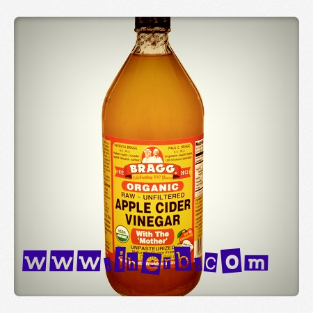 lavarme el pelo con vinagre de manzana