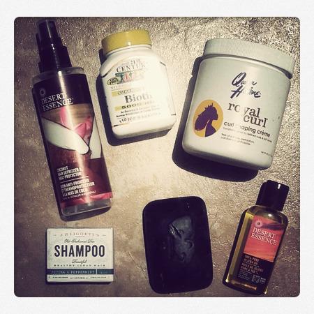 Aceite de jojoba para el cabello rizado